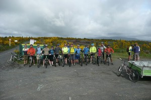 The club at the start of the 42 Traverse in 2009